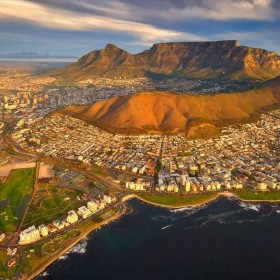 cape_town_pic_with_sea_point__1920x864__1920x864.jpg